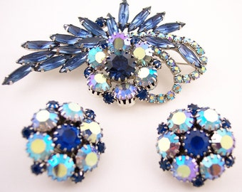 Vintage Blue Rhinestone Brooch Set