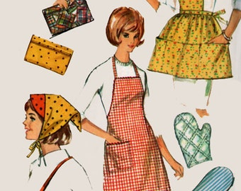 1960s  Misses Aprons and Accessories Simplicity 6206 Vintage sewing pattern One Size