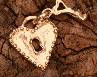 Heart Lock and Key Pendant in Bronze