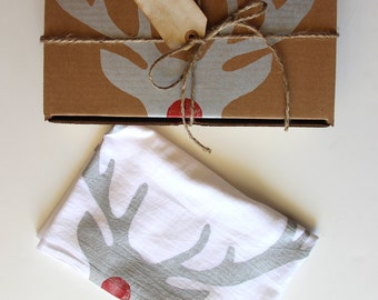 Set of 2 Rudolph Reindeer Dish Towels / Christmas Decoration / Kitchen / Hostess Gift