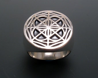 NEW Universal Pattern Ring in Sterling Silver and 18k Gold plate
