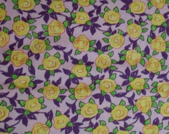 FQ Blue Hill Aunt Lindy's Paper Dolls Retro Yellow Roses on Lavender b7174-4