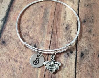 Bee charm bracelet - bee jewelry, bumblebee bracelet, honeybee jewelry, insect jewelry, silver bee bangle, honeybee bracelet, bee bracelet