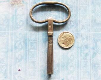Antique Clock Key Industrial Steel Victorian Size Number 6 Gear Winder Key Relic Hardware Finding