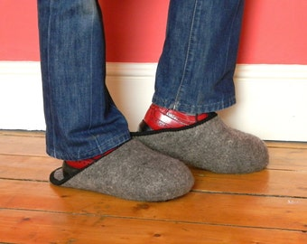 "Over Shoe ""Castle"" Slippers Felted With 100% Wool For Foor Protection"