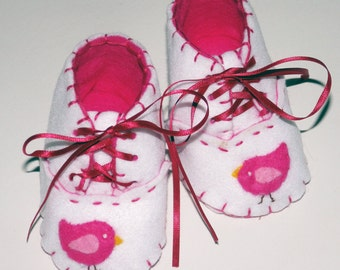 Bird Baby Booties / Girls Felt Shoes / New Baby Gift