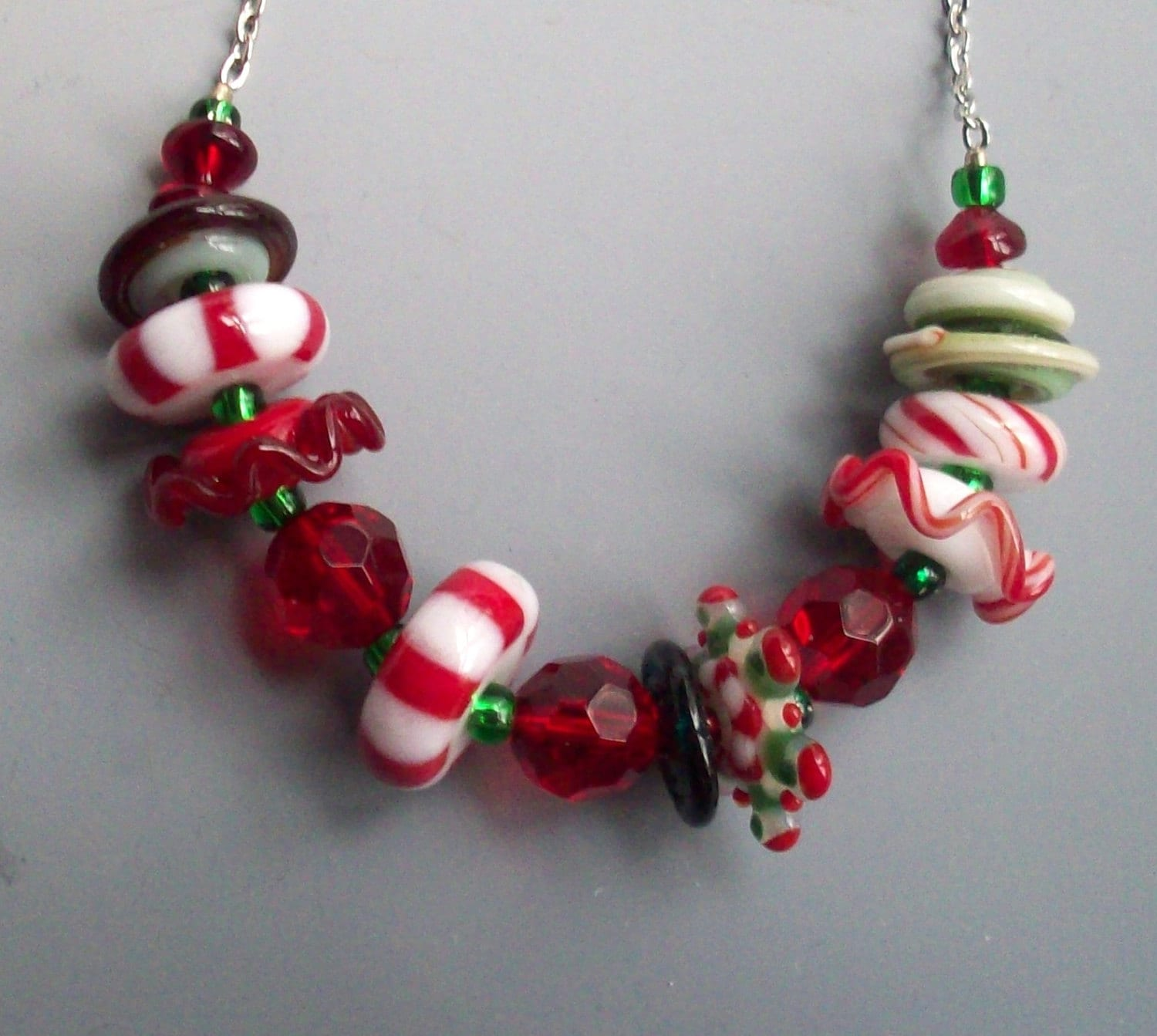 Necklace Beads: Peppermint Lampwork Bead Necklace Christmas Holiday