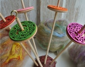 DIY art yarn spinning kit // hand made drop spindle and natural fiber art batt