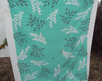 Vintage Green and White Floral Cutter Tablecloth