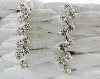 Vintage .. Rhinestone ZigZag Drop Earrings Czech Small Dangle Clear pierced, vintage bride