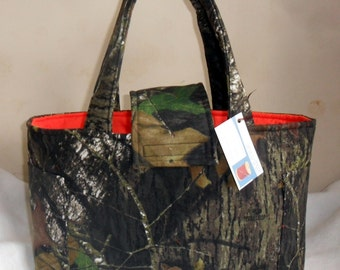Large Mossy Oak Breakup Camouflage Diaper Bag Tote With Orange Interior