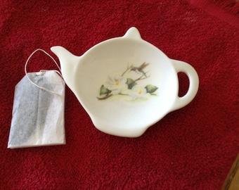 "Ceramic Teabag Holder Humming Bird With Magnolia Flowers 4.5 """