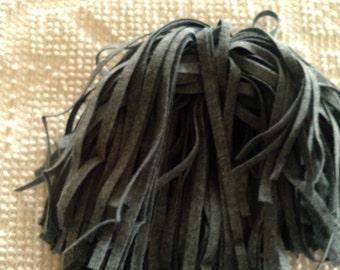 87 Mill Dyed Wool Rug Hooking Strips Medium  Gray