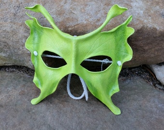 Wee Fairy mask in Lime Green