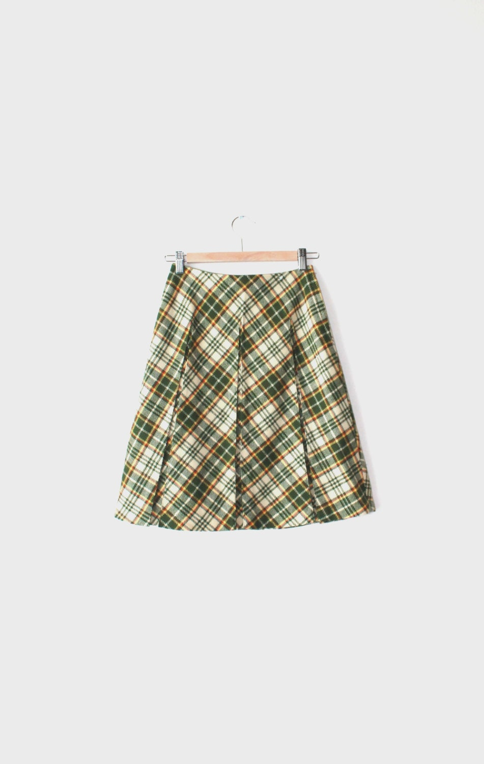 1970s moss green plaid pleated skirt size by
