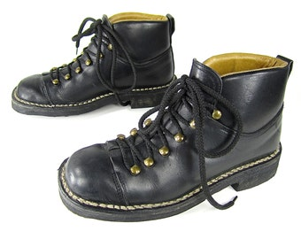 AWESOME black leather j CREW snow boots hiking lace up ankle booties MADEWELL ice axe tread womens 8 1/2 9 italy like new outdoors woodsy
