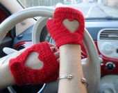 Made in Italy - Premium italian wool - Fingerless drive gloves, cut out heart on knuckle, red Valentine - Made to order