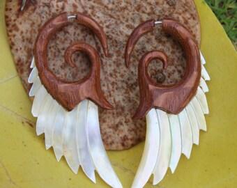 Fake Gauge Earrings ,Tribal Style, Mother of pearl, Shell, Angel wing,Hawaii Koa Wood ,Gold Shell,faux gauge,organic