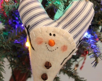 Snowman Heart Ornament, Prim Snowman Heart Ornie Blue