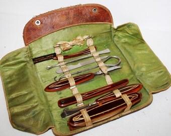 1920s BATES usa, Art Deco 8 pc.Travel ,ROOT BEER Lucite  Manicure set,Vanity,Leather case Boardwalk Empire Era, Leather folding case