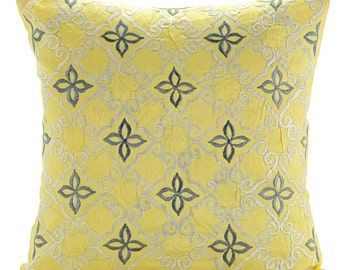 "Handmade Yellow Throw Pillows Cover For Couch, 16""x16"" Silk Pillowcase, Square  Lattice Trellis Emboridered Pillows Cover - Little Memories"