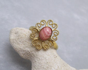 Vintage Filigree Ring Pink Art Glass Jewelry Size 10 1/2 R6198