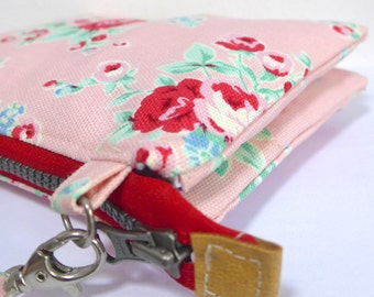 Double pockets wristlet with detachable strap - Pink cottage floral