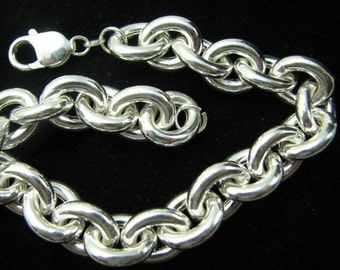 Impressive Bold Oval Rolo Charm Bracelet 15X13mm Oval Links Chain with Lobster Clasp, solid 925 sterling silver, smooth shiny links