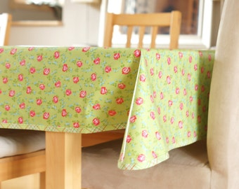 Laminated Cotton Tablecloth - Scattered Roses in green