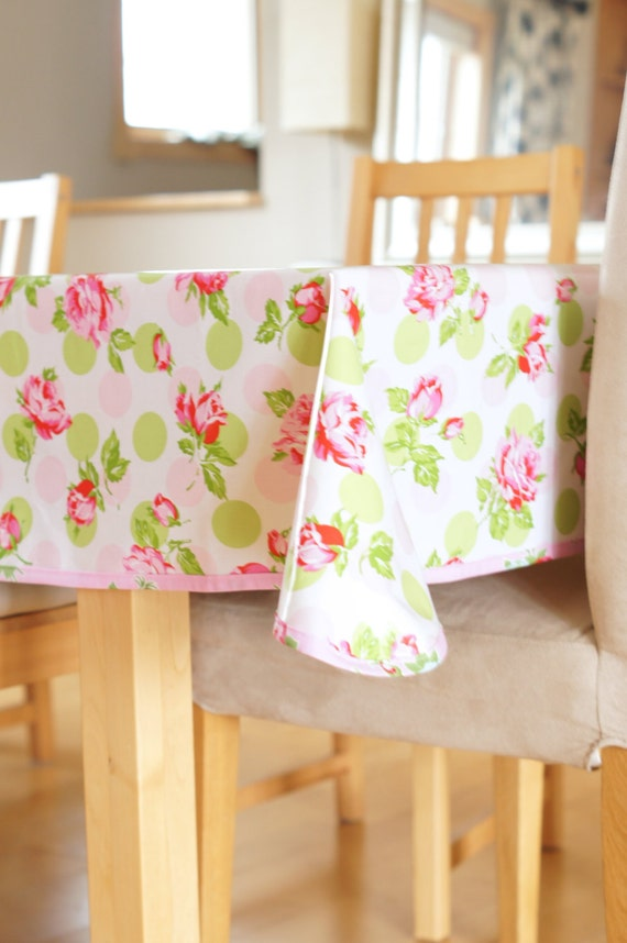 laminated cotton tablecloth falling roses in pink or blue. Black Bedroom Furniture Sets. Home Design Ideas