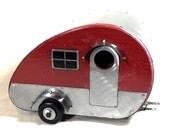 Retro Glamper - Vintage Camper Birdhouse