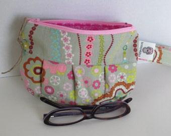 Amy Butler Wristlet - Zip pouch - Amy Butler Pouch - Handmade