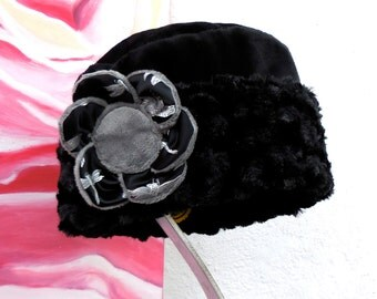 FALL Collection.....SOFT COZY Warm Elegant Black Color Fabric Reversible Winter Hat with fabric flower pin.....