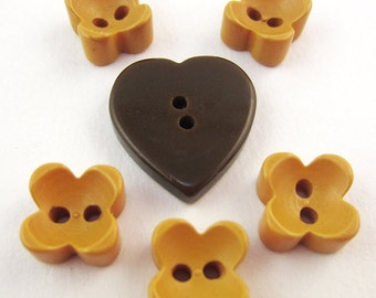 buttons bakelite shapes heart
