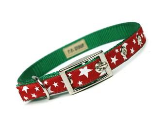 SALE - red stars Christmas metal buckle dog collar (1/2 inch) - on green