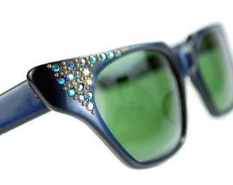 Pointy Navy Rhinestone Cat Eye Sunglasses Vintage 50s GREEN Lenses Eyeglasses FRANCE Ready to Wear