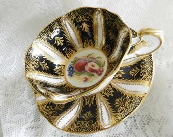 1940s Paragon Teacup, Paragon Black Tea Cup, Black Gold Gilding Tea Cup, Collectible Teacup,    no19