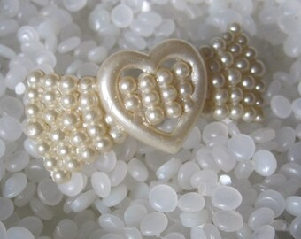 vintage  hair barrette creamy white pressed pearl, molded pearls, beautiful heart