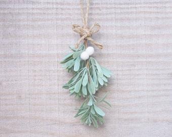 Rustic Mistletoe Ornament, Festive Christmas Holiday Decoration, Home Decor, Kiss Under The Mistletoe, Felt