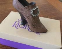 Vintage Miniature sample - Just the Right Shoe - Teetering Court miniature shoe - c134