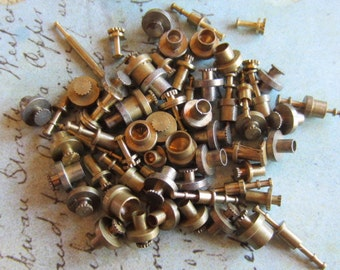 Vintage Brass Clock parts spindles - levers - Robot mix - Levers - Steampunk - Scrapbooking c7