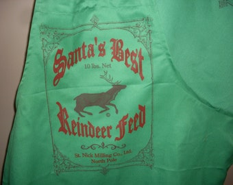 SALE,Apron, Christmas apron ,Green apron, Santa apron, Reindeer apron, Holiday apron, Wrinkle and shrink free apron, chef apron