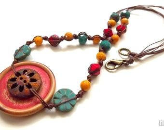 Button jewelry, hand knotted necklace with buttons and Czech glass beads