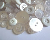 200 White Buttons Antique White Clear Ivory Cream Eggshell Linen Vanilla for Sewing Jewelry Mixed Media Crafts Crafting Whi01