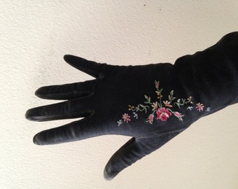 Gorgeous vintage ANTIQUE single embroidered glove kid leather 1920's floral black long exquisite dainty s/m
