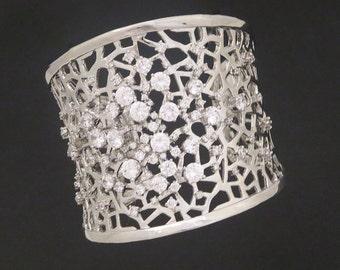 Crystal bridal bracelet, Cuff Wedding bracelet, Silver Cuff bracelet, Swarovski bracelet, Wedding jewelry, Rhinestone cuff, Wide cuff
