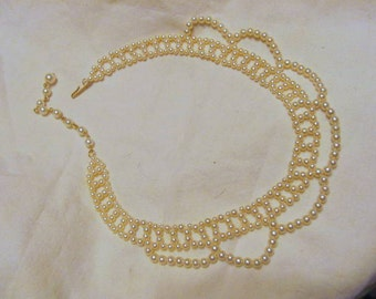 Pearl Necklace in Lacy Design, spring sale