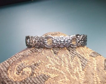 Vintage Oneida Floral Cuff Bracelet