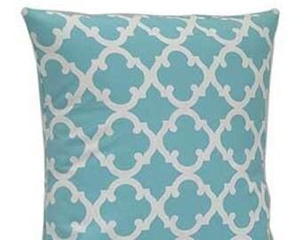 Pillow Cover Monogrammed Aqua Quatrefoil Print