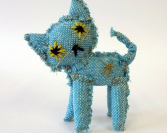 blue tweed cat - messy little kitty